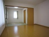 1F-Living~Japanese room
